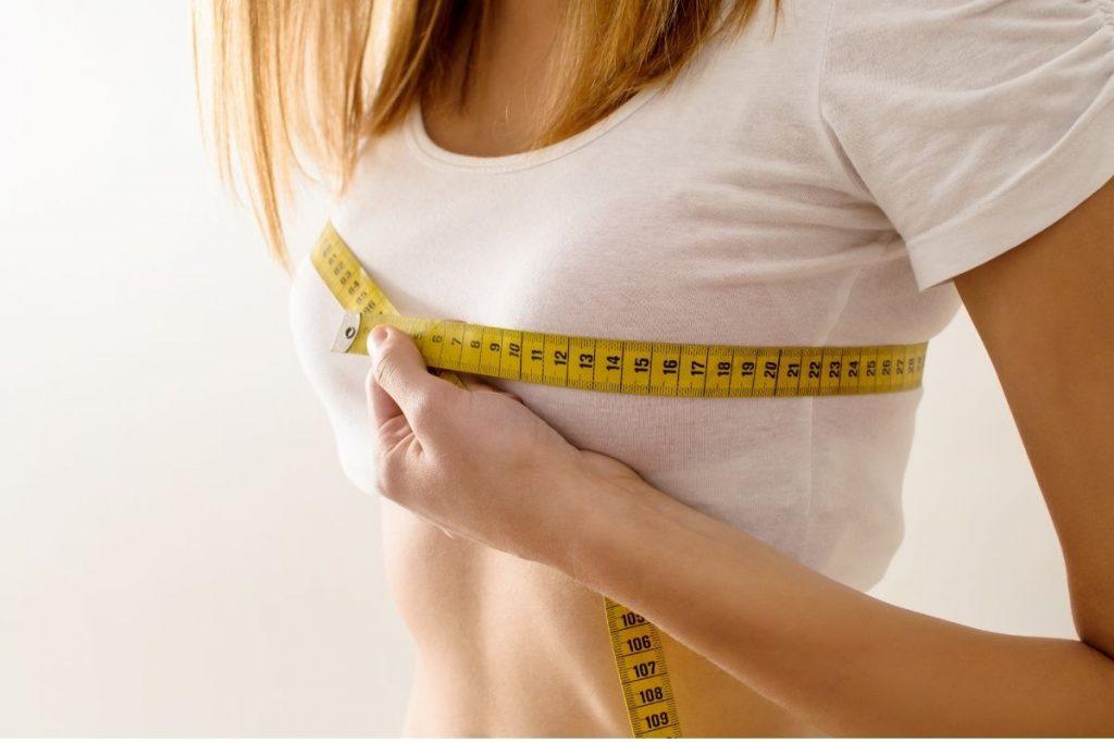 Efekty zabiegu powiększania piersi w klinice Genesis